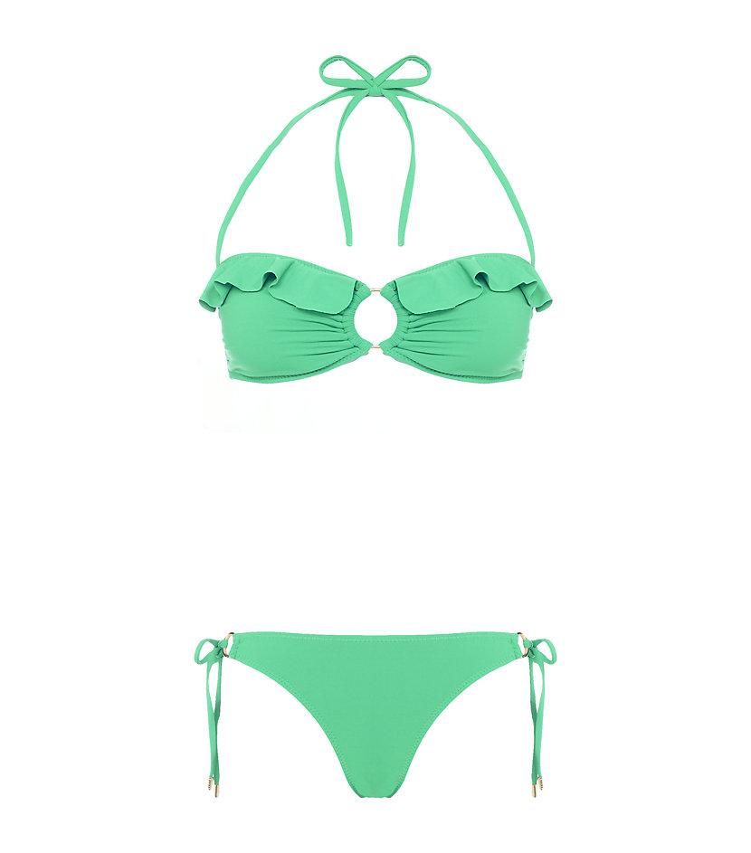 Melissa Odabash Greek Bikini (195 €) auf http://www.harrods.com/product/greece-bikini/melissa-odabash/000000000003004682?cat1=new-women&cat2=women-new-swimwear&cat3=women-swimwear-bikinis