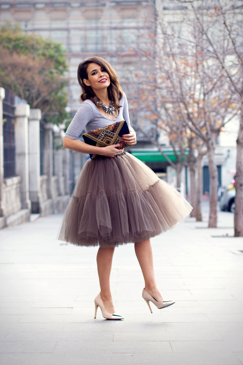 street-style-skirt-for-event