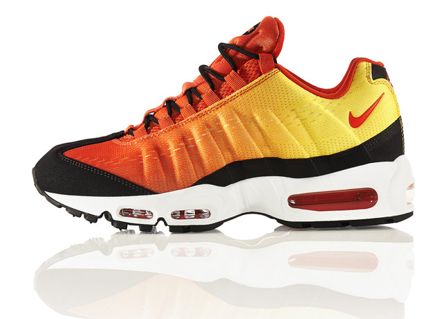 THE SKY IS THE LIMIT WITH THE NIKE AIR MAX SUNSET PACK -  Air Max 95/ Foto: Nike
