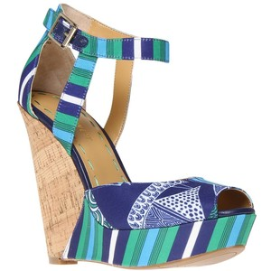 Nine West Kaiyra2 Wedged Sandals auf www.johnlewis.com / http://www.johnlewis.com/nine-west-kaiyra2-wedged-sandals-green-blue/p487644?s_afcid=af_92295 - 135 €